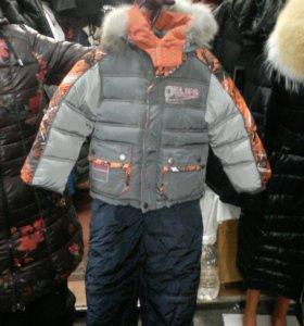 Зимний комбинезон для мальчика  на 2-3грдика
