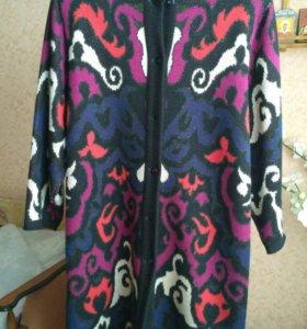 Вязаное пальто на пуговицах 54-56