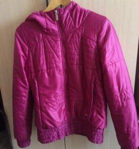 Куртка( женская)