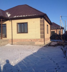 Продам  дом-особняк, кирпич, 130 кв,зал-студия