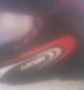 Лыжи пластиковые, крепление автомат,+палки +ботинк