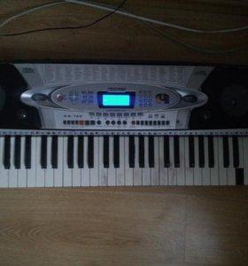 Синтезатор TECHNO