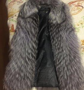 Меховая жилетка чернобурка 40-42