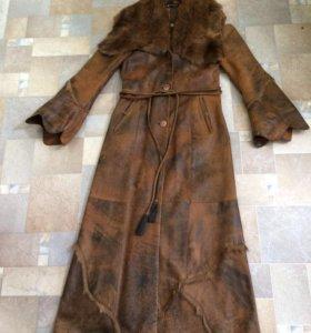 Пальто кожаное 44-46 размер