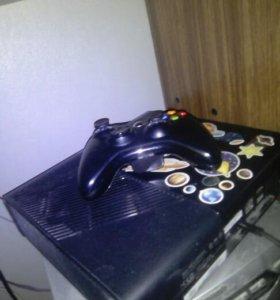 Xbox360e 500гб срочно