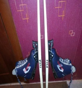 Лыжи Тиса 165см,ботинки натуральная кожа37размер ж