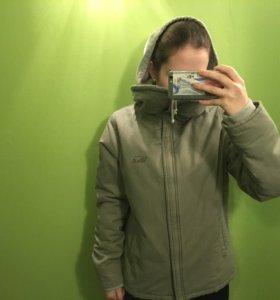 Новая куртка Vans