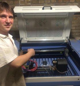 Лазерный ЧПУ станок по обработки материалов