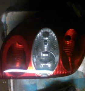 Renault Laguna 2 фонари задние универсал