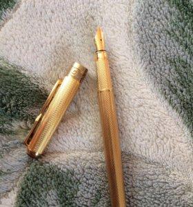 Продам ручку с золотым пером