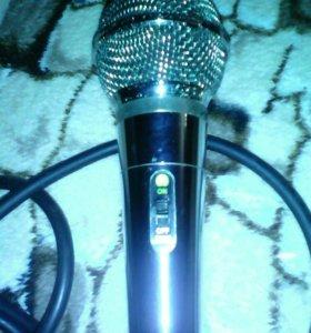 2 микрофона шнуры сьем