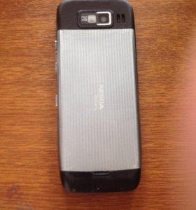 Телефон Е52