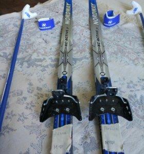 Лыжи в комплекте:лыжи150см.,палки 105см.,крепления