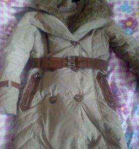 Пуховик—пальто.