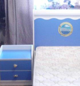 Кровать, матрац, тумбочка