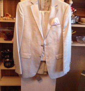 Свадебный костюм + кожаные туфли