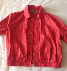 Красная кофта