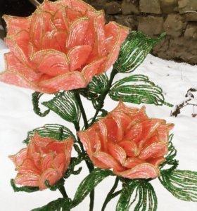 Королевские розы из бисера