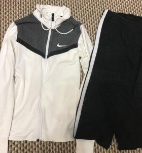 Костюм женский Nike xs-s