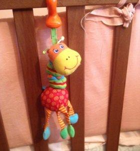 Жираф tiny love подвеска погремушка