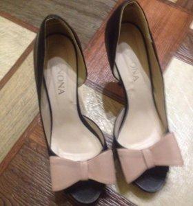 Туфли сестры одевала 1 раз на выпускной