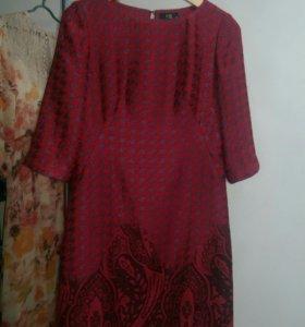 Шерстяное жаккардовое платье