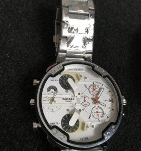 Часы Diesel White