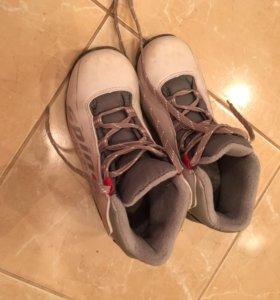 Ботинки лыжные р.35