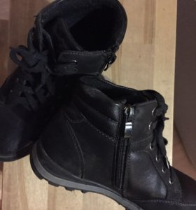 Ботиночки осенние, для мальчика 33 размер