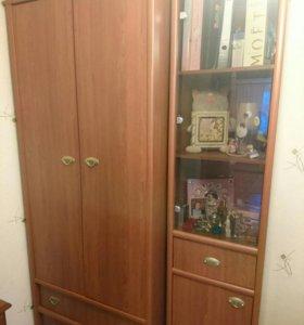 Мебельный гарнитур (шкаф, стеллаж, стол, полка)