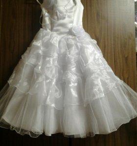 Платье для девочки . Выпускное . 6-7 лет
