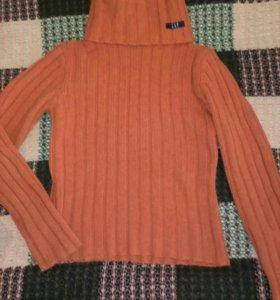 Три теплых свитера