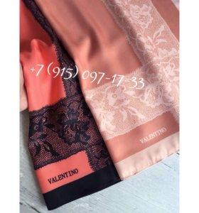 Шелковые платки Valentino