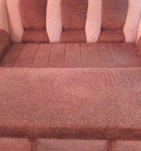 Угловой диван ,и кресло кровать