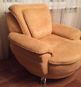 Итальянская мебель(диван + 2 кресла)💫