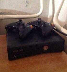 Xbox 360 slim + Gta 5 в подарок + 2 джойстика!