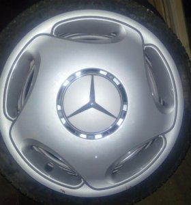 Колпаки на Mercedes оригинал 4 шт.