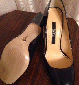 Новые туфли 37 р