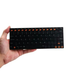 Bluetooth клавиатура 3.0