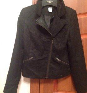 Куртки 42 р