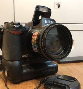 Nikon coolpix 8800 + Nikon MB CP-11
