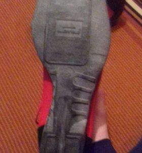 Лыжные ботинки 35размер