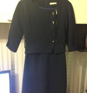 Платье офисное б/у в хорошем состоянии
