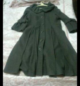 Демсезонное пальто