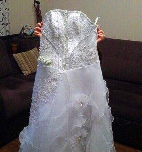 Продам свадебное платье !42-46