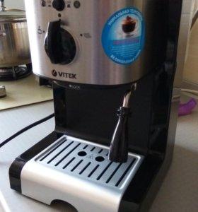 Продам кофеварку!!!!