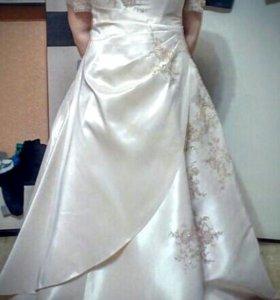 Свадебное платье 52-54