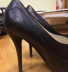 Кожаные туфли, одевались пару раз.
