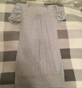 Платье р-р 42-44.