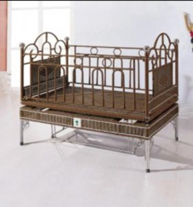 Кроватка из ротанги, цвет тёмный